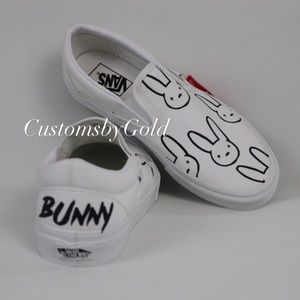 Custom bad bunny inspired vans white/black